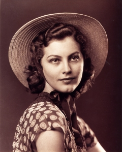 Ava's Discovery (1939) by Larry Tarr, the photo which made her famous.
