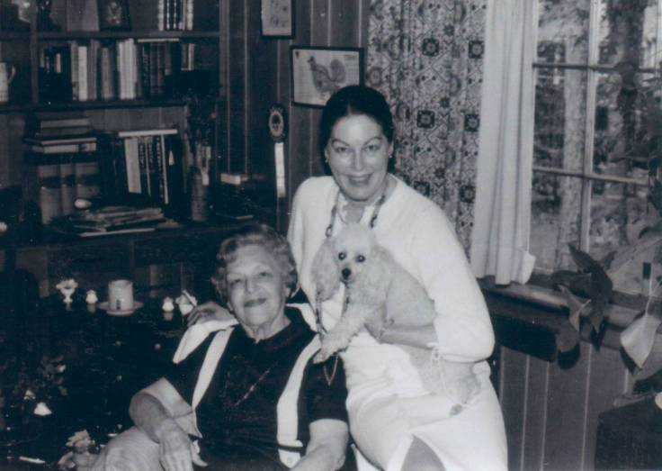 Ava with Elsie Mae at Jack's 1978